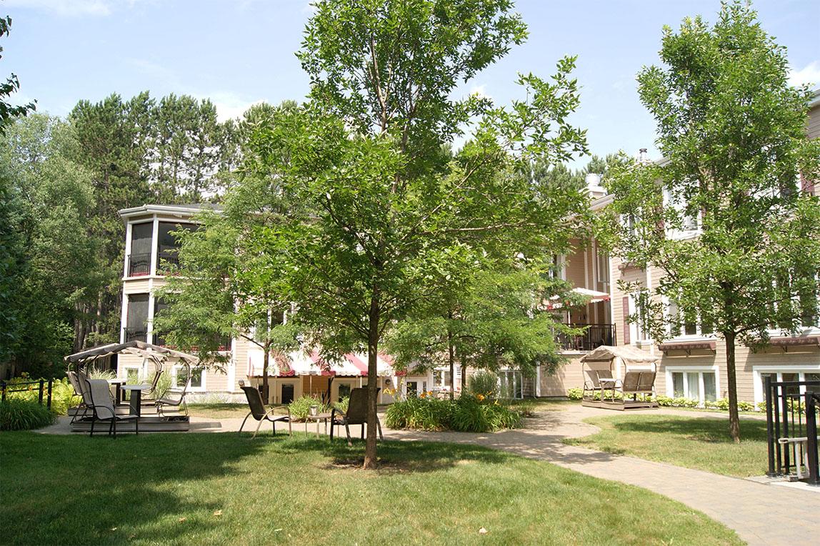 Jardins & veranda, CHSLD L.-B.- Desjardins Saint Sauveur 15