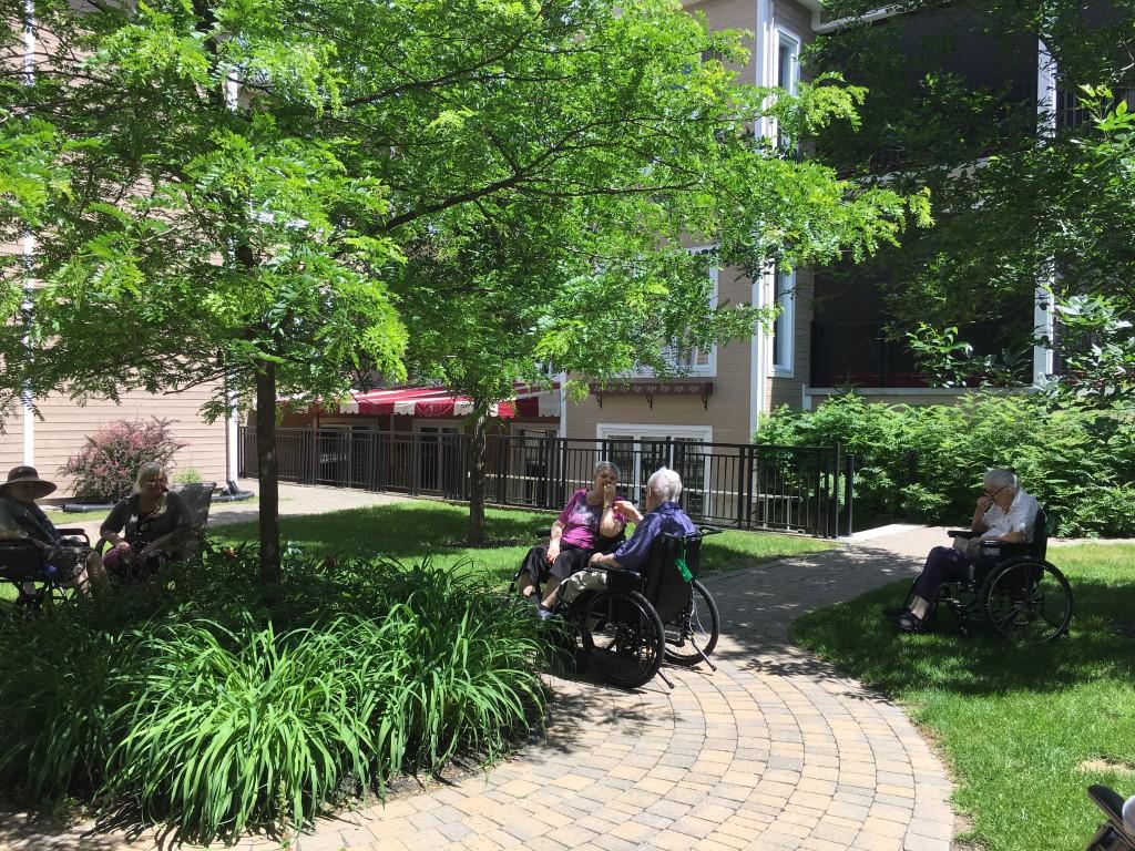 Jardins & veranda, CHSLD L.-B.- Desjardins Saint Sauveur 12 (1)